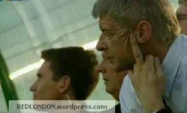 http://redlondon.files.wordpress.com/2011/12/wenger-goodie-f.jpg?w=385&h=226