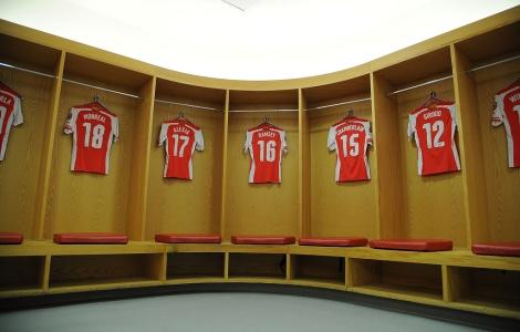 puma arse dressing room